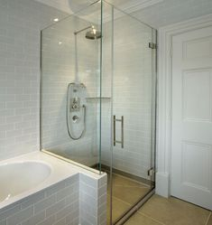 Glasstrends Portfolio - Frameless Glass Shower Doors, Screens & Cubicles- shower cubicle and bath- joined Bathroom Shower Doors, Small Bathroom With Shower, Bathroom Layout, Bathroom Interior, Small Bathtub, Bathtub Shower, Bathroom Ideas, Small Bathrooms, Walk In Shower Bath