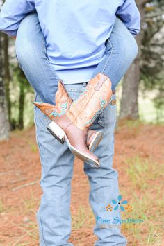 Couple country photography, engagement country photography, western photo idea, western, engagement photo, check out more at FB Pure Southern Photos  Copyright to Pure Southern Photos, Knoxville, TN photography, Knoxville, tn Photographer,  KnoxvilleTN photography, Knoxville, tn Photographer