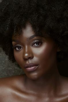 Flawless #darkskinbeauty #maquillagepeauxnoiresetmetissees #blackwomen