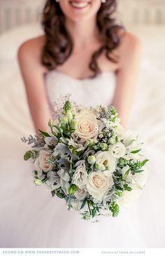 Pretty bouquet | Photo: Tasha Seccombe