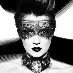XAXOR: Photography by Dana & Stephane Maitec http://www.fashion.net/today/