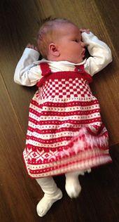 Ravelry: Fana Seleskjørt lanett pattern by Sandnes Design Viking Pattern, Baby Knitting, Vikings, Ravelry, Baby Car Seats, Knitting Patterns, Baby Kids, Crafty, Children
