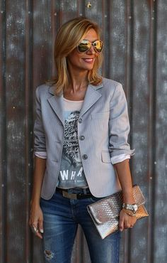 27 top looks outfit ideas with blazer you have to try 6 Grey Blazer Outfit, Blazer Outfits For Women, Look Blazer, Casual Work Outfits, Blazer Fashion, Mode Outfits, Moda Fashion, 50 Fashion, Fashion Outfits