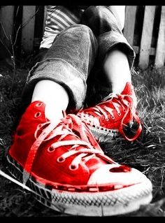 Google Image Result for http://images2.fanpop.com/image/photos/8700000/Converse-love-converse-8736231-300-406.jpg