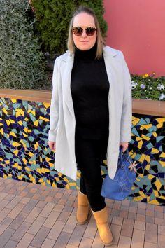 Trendy Curvy Look. Ugg & Blue #lookugg #ugg #lookblack @violetabymango #outfittallagrande #curvy #plussizecurve #personalshopper #curvygirl #loslooksdemiarmario #bloggermadrid #outfit #plussizeblogger #fashionblogger #influencer #zara #trendy #bloggerXL