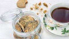 Makové koláčiky s džemom Chocolate Fondue, Poppy, Desserts, Food, Basket, Tailgate Desserts, Deserts, Essen, Postres