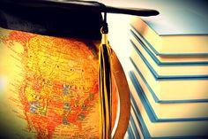 As inscrições vão até o dia 10 de abril. São 109 bolsas disponíveis e os critérios de seleção dos alunos são definidos por cada instituição parceira, em seu respectivo edital.