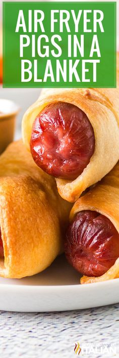 Pigs in a blanket are simply hot dog sausages wrapped in strips of crescent dough. Make this simple recipe for dinner in under 15 minutes! Fast Easy Meals, Fun Easy Recipes, Delicious Dinner Recipes, Yummy Food, Recipes Appetizers And Snacks, Yummy Appetizers, Soup Recipes, The Slow Roasted Italian, Pigs In A Blanket