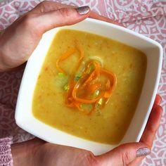 Pórkovo cibulová polévka Bon Appetit, Thai Red Curry, Ethnic Recipes, Food, Hoods, Meals
