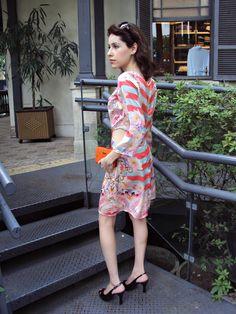 Vestido: Lança Perfume | Sandália: Corello | Clutch: Canal