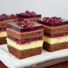 Recepty - Page 9 of 522 - Mňamky-Recepty. Sweet Recipes, Cake Recipes, Dessert Recipes, Mon Cheri, Yummy Treats, Delicious Desserts, Albanian Recipes, Kolaci I Torte, Homemade Sweets