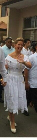 Panama's first lady with white dress