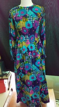 Groovy Vintage 70s Long Sleeve Floral Bark Cloth Mid Calf Floral Dress Small EUC #Unbranded #Boho #Party