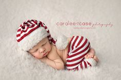 It's almost time to start pulling out all the Christmas decorations! Who's excited?! Darling photo by Caralee Case Photography  Newborn clothing photography props
