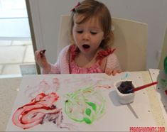 A DIY homemade paint recipe, this is simple and FUN to make (like a mini science experiment), very low cost and it is really wonderful to paint with! Crafts For Kids To Make, Fun Crafts, Arts And Crafts, Painting For Kids, Diy Painting, Homemade Paint, Easy Diy Gifts, Kids Wood, Finger Painting