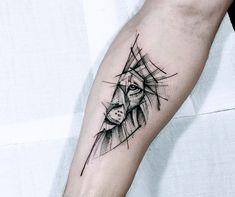 Upper left inside arm - Tattoo For Women Leo Tattoos, Animal Tattoos, Body Art Tattoos, Sleeve Tattoos, Simple Forearm Tattoos, Forearm Tattoo Men, Arm Band Tattoo, Small Geometric Tattoo, Geometric Tattoos Men