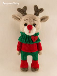 Here is one more Christmas deer amigurumi pattern to your attention! Put this cute deer amigurumi under the Christmas tree and delight your loved ones! Crochet Patterns Amigurumi, Amigurumi Doll, Crochet Dolls, Knitting Patterns, Crochet Deer, Crochet Animals, Free Crochet, Rabbit Crafts, Deer Pattern