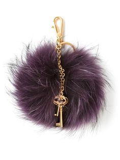 Compre Dolce & Gabbana pompom keyring em Verso from the world's best independent boutiques at farfetch.com. Over 1000 designers from 60 boutiques in one website.