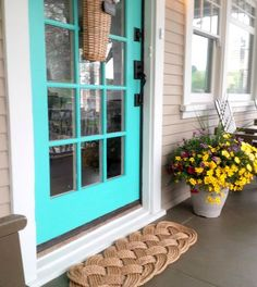 Nautical Rope Door Mat: http://www.completely-coastal.com/2016/05/coastal-nautical-front-door-ideas.html Handmade in the USA. Rustic sturdy rope floor mat to spruce up your entry and porch.