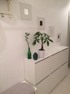 entry BISSA Ikea Shoe cabinet MALMA mirror buddah money tree lucky bamboo home decor white walls