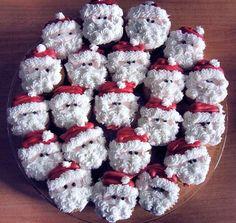 Santa clause christmas cupcakes