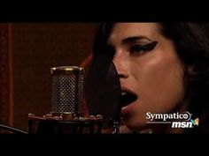 Amy Winehouse - Back to Black (Acoustic live at the Orange Lounge 2007)