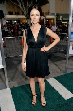 """Abigail Spencerat the """"Draft Day"""" premiere. Styled by Karla Welch."""