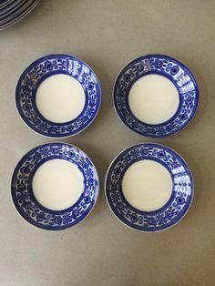 Vintage Johnson Bros Flow Blue Bowls - The Trieste - fruit / sauce bowls Fruit Sauce, Johnson Bros, Blue Bowl, Blue And White China, Scroll Design, Trieste, Bowl Set, Flow, England