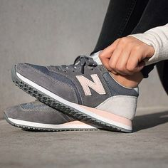 Sneakers femme - New Balance CW620 (©superkecky)