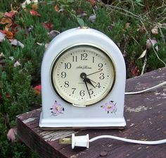 Vintage Seth Thomas Porcelain Floral Electric Alarm Clock Model 9203 USA Works | eBay