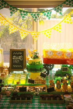 Creative Bella Photography / Sunshine Coast Photographer / Tractor / John Deere / Yellow / Green / Boy / 2 Year Old / 2nd Birthday / Farm Party / Cake / Theme / Food