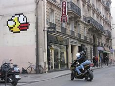Space Invader PA_1089   Flickr - Photo Sharing!