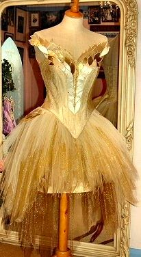 hi low and lots of applique - but absolutely GORGEOUS ;)