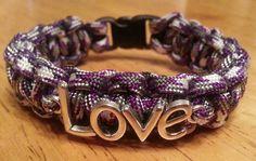 Paracord Love Bracelet.