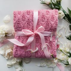 FREE SHIPPING Knit baby girl blanket 8080 cm 32''  by FillinHome