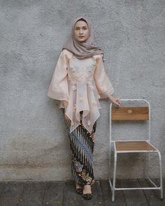 Kebaya Lace, Kebaya Hijab, Kebaya Dress, Kebaya Muslim, Muslim Dress, Dress Brukat, Hijab Style Dress, Organza Dress, Dress Party
