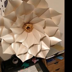 Rebecca Miller added a photo of their purchase Large Paper Flowers, Paper Flowers Wedding, Giant Flowers, Rebecca Miller, Paper Flower Templates Pdf, Beach Centerpieces, Unique Roses, Origami Butterfly, Baby Shower Flowers