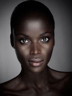 Beautiful black women, african beauty и dark beauty. Beautiful Dark Skinned Women, Beautiful Black Girl, Beautiful Eyes, Beautiful Dresses, Dark Skin Girls, Dark Skin Beauty, Ebony Beauty, African Beauty, Brown Skin
