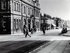 General Post Office in Whitby Street, West Hartlepool. The building is still standing and is Grade II listed. Note the telephone kiosks in the lower photograph. There are not many of those around these days. How nice it is to see cyclists using the roads