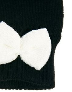 Image 2 of ASOS Cream Bow Palmwarmers - LOVE THE BOW IDEA ON THE BACK OF THE GLOVE
