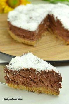La torta fredda senza cottura al cocco e cioccolato è davvero buona e semplice da preparare