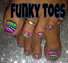 Fun design for summer fingernail designs, toe nail designs Pretty Toe Nails, Cute Toe Nails, Fancy Nails, Toe Nail Art, Diy Nails, Coffen Nails, Pretty Toes, Stiletto Nails, Acrylic Nails