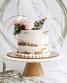 You don't want a moment missed, but that doesn't mean you need a shot list! Click the link in bio to learn more about why you should toss the list & what to do instead... Shot List, Studio Portraits, Wedding Portraits, Vanilla Cake, In This Moment, Link, Desserts, Vanilla Sponge Cake, Deserts