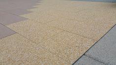 plošná betónová dlažba