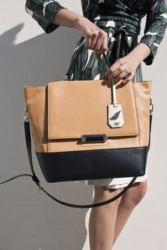 Tote at DVF store and splash