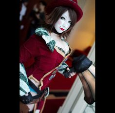 Stunning Mad Moxxi Cosplay | Page 4
