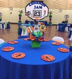 1st Birthday Party Themes, Baby 1st Birthday, Birthday Ideas, Space Baby Shower, Baby Boy Shower, Space Jam Theme, Looney Tunes Party, Baby Sprinkle, Baby Shower Cakes
