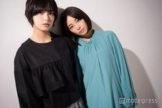 広瀬すず×平手友梨奈 初対談 Girl Short Hair, Short Girls, Japanese Girl, Short Hair Styles, Interview, Ruffle Blouse, Costumes, Long Sleeve, Cute