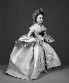 Mrs Powell Wedding Suit 1761 | the Powell family | V&A Search the Collections