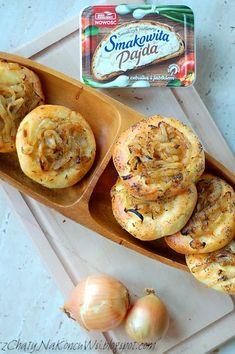 CEBULAKI | z Chaty Na Końcu Wsi - blog kulinarny. Przepisy, fotografia kulinarna. Polish Recipes, Best Breakfast, Hamburger, Muffin, Good Food, Food And Drink, Appetizers, Pizza, Bread